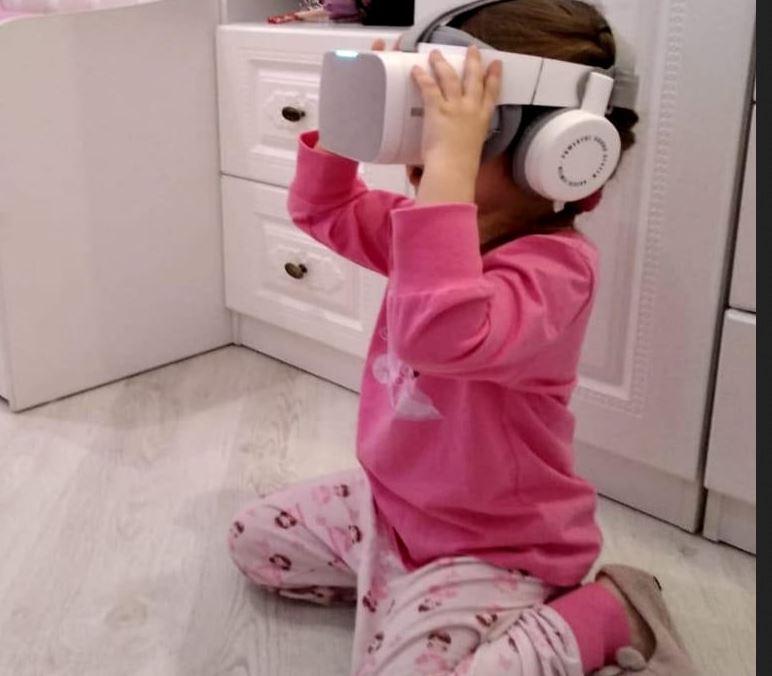 Helmet vision VR